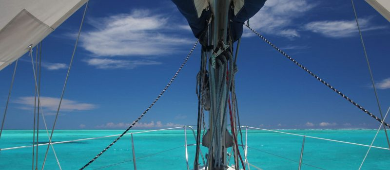 view from a sailing boat on a New Caledonia sailing itinerary